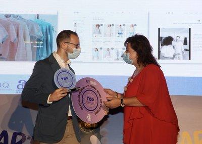 Xavier Linares recibe el premio a la Iniciativa Empresarial