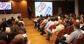 """Presentación  """"Estrategias de innovación y desarrollo en la web social"""", por Enrique Dans"""