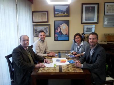 Foto de la reunion con el Ayuntamiento Banyeres