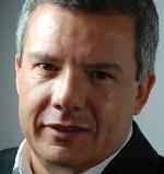 """Antonio Flores:   """"Nos preocupamos más por crear empresas que por desarrollar las existentes""""."""