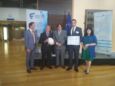 ShiftIDEAS y Enova ganadores de los premios SEUA Green & Water