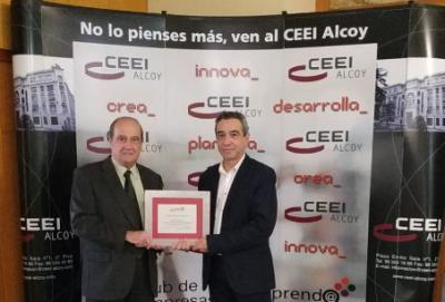 Jordi Seguí, primer Director de CEEI Alcoy, recibe un reconomiento