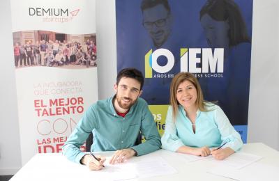 IEM Business School y Demium Startups firman un convenio